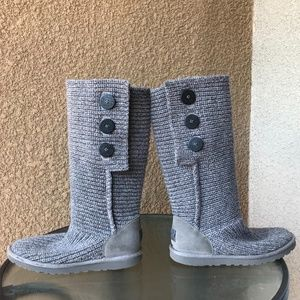 UGG Classic Cardy Button Detailed Knit Boots- 9